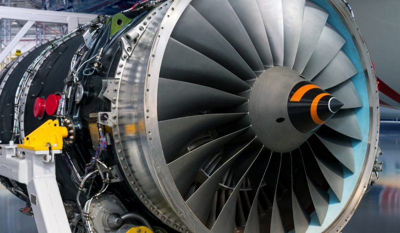 Jet turbine engine